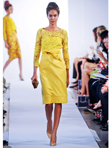 rby-oscar-de-la-renta-yellow-dress-de